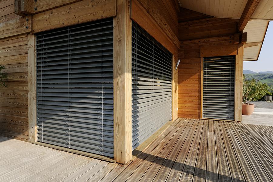 Stores ext rieurs franciaflex enderlin stores et for Store exterieur lame orientable