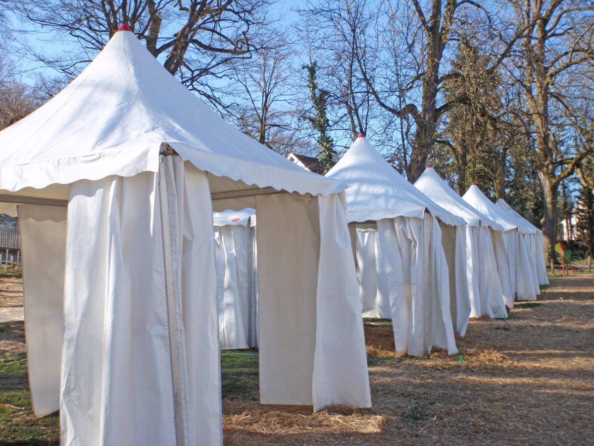 Tous types de tente tout type de configuration de chapiteau en location ou à la vente sur mesure et selon vos besoins. Aménagement sur demande. & Locations / Réceptions - Tentes et chapiteaux - ENDERLIN - STORES ...